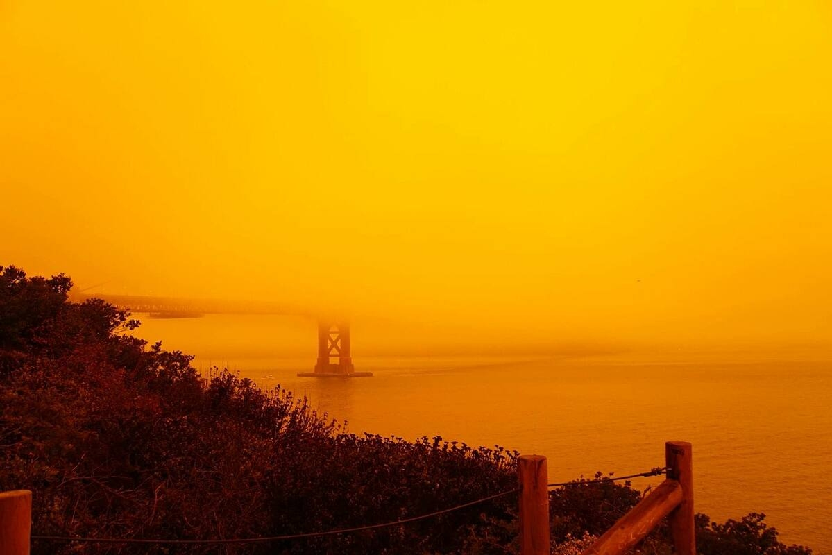 Orange sky with an abundance of ashes resembling a scene on Mars on September 9, 2020. Photo by Trung Le.