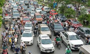 Auto sales down 25 pct