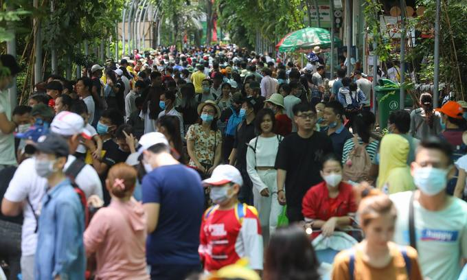 Covid-19 protocol: HCMC stops collecting samples from Da Nang arrivals at airport