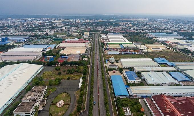 Industrial park operators brace for profit plunge