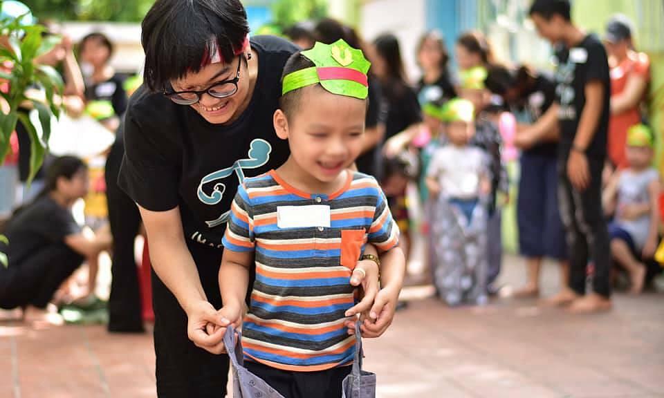 Hao attends a community program. Photo courtesy of Ha Bich Hao.