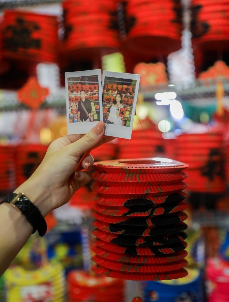 Saigon lantern street warms up for Mid-Autumn Festival