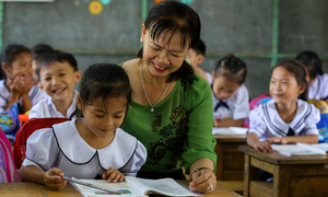 Two Vietnamese representatives enter UNESCO network of learning cities