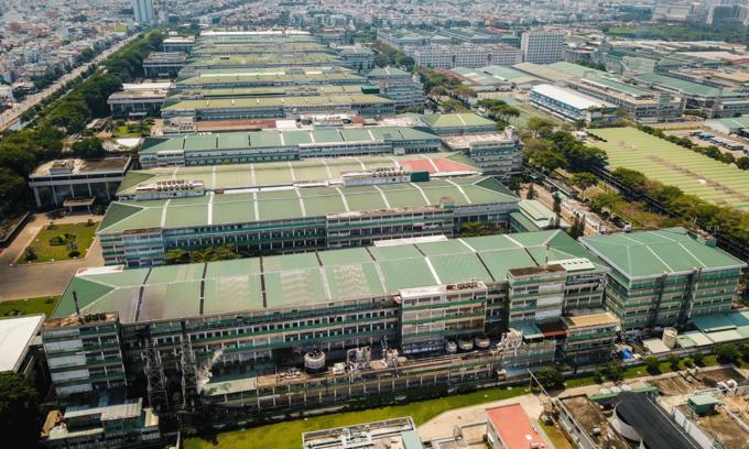 Foreign firms major contributors to Vietnam local budgets