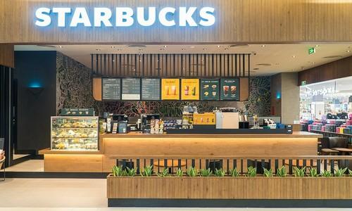 Starbucks struggles to beat Vietnamese coffee chains