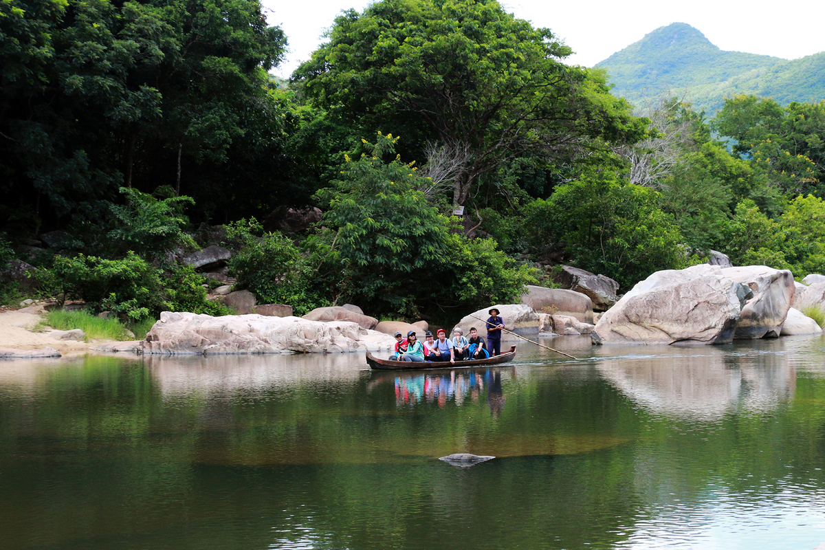 Tranquil river causes ripples in Binh Dinh