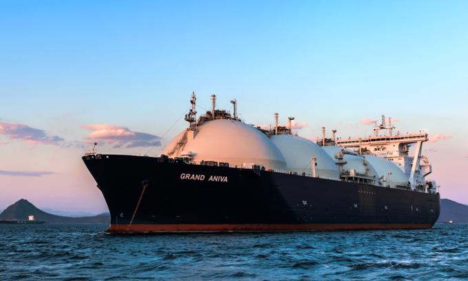 Exxon Mobil's $5-billion LNG power plant gets green light
