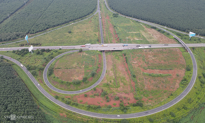 $777 mln expressway proposed from southern province to Central Highlands