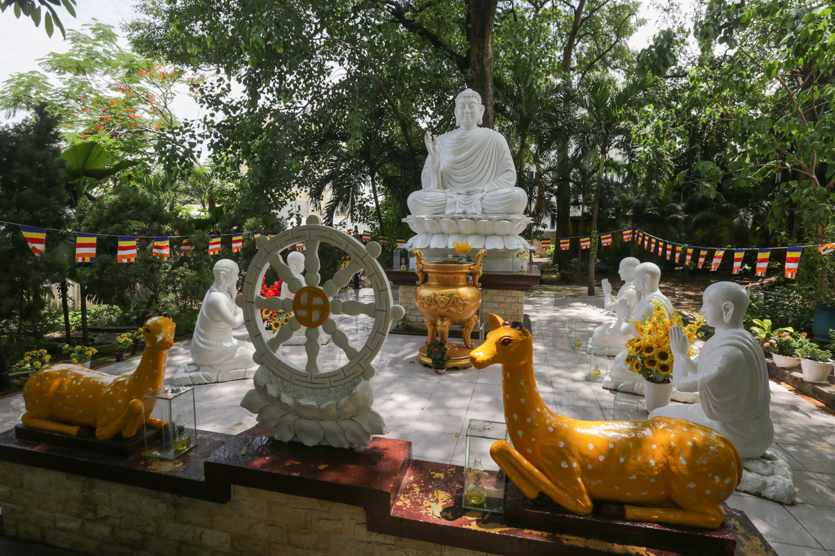 Two record-holding pagodas in Binh Duong