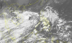 Tropical depression to hit central Vietnam, may become storm