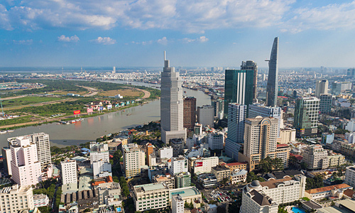 HCMC lacks favorable conditions to develop full potential: PM