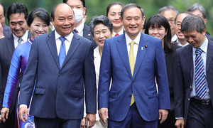 Suga's Vietnam visit gets thumbs up from strategic community