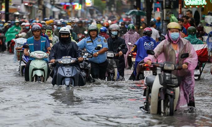 Saigon vulnerability to flooding worsens