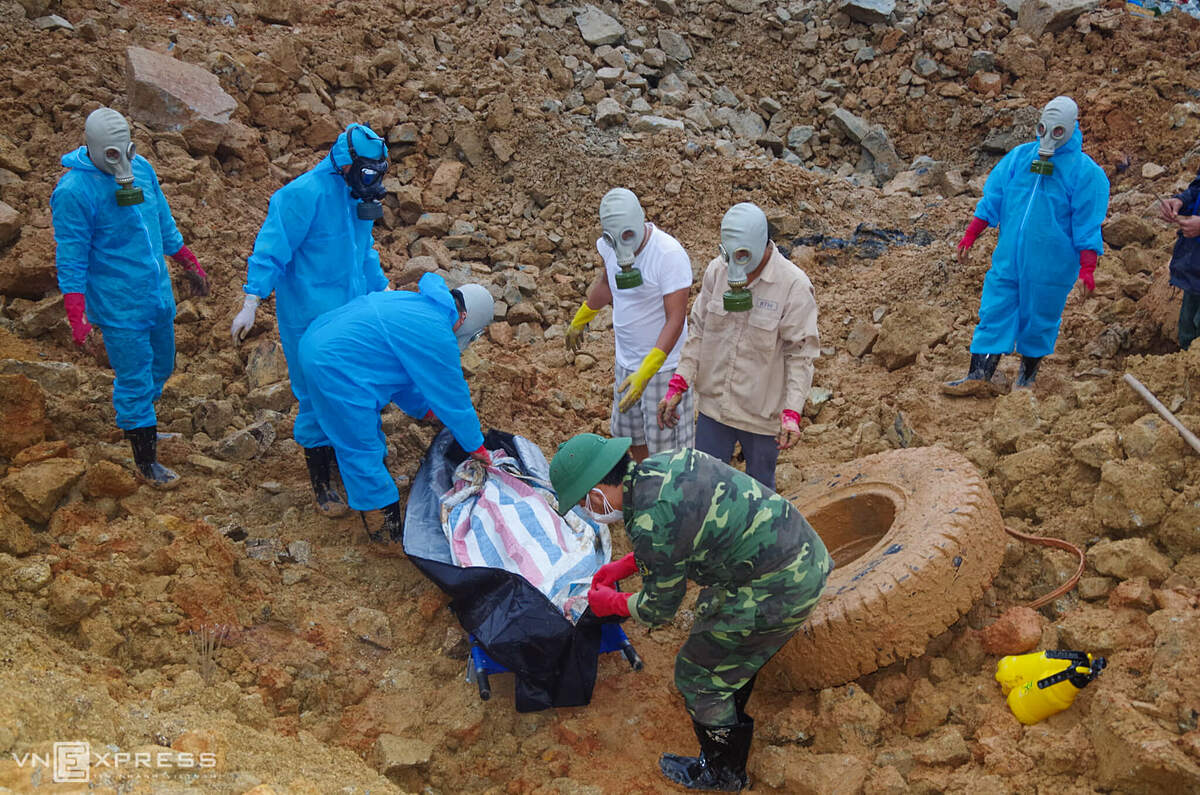 Around 4 p.m.  the fifth body was found near the mountainside next to a dump truck buried by rubble. According to landslide survivors at the hydropower plant and confirmation by family members, the fifth victim is Truong Van Noi, from Loc Ha District in the central Ha Tinh Province, who was thrown from an excavator when the landslide occurred. Based on information from landslide survivors, rescue teams had focused on the buried excavator area while searching for the missing victims, one rescuer said.