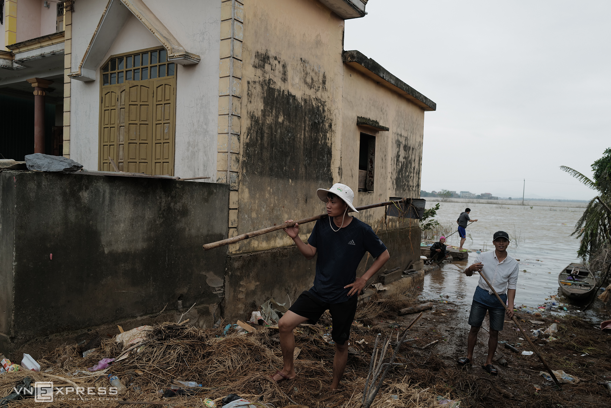 Quang Binh left desolate in wake of receding floods