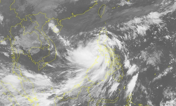 Storm Molave enters East Sea, heads for central Vietnam