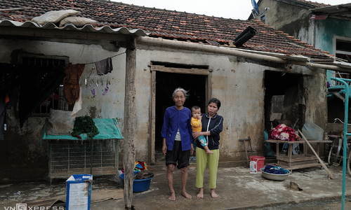 UN population fund earmarks $540,000 for women, girls in flood-hit central Vietnam