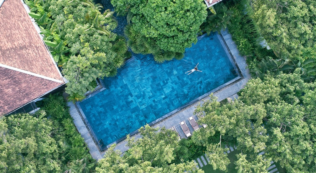 Five pools that swim against the tide in Vietnam