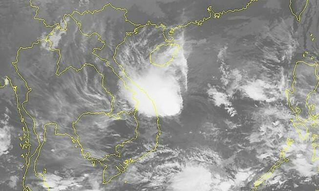 Storm Goni forecast to weaken en route to south central Vietnam coast