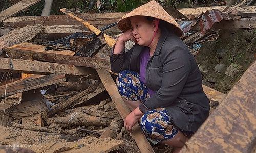 'Left with nothing': In a flash, floods upend lives of thousands