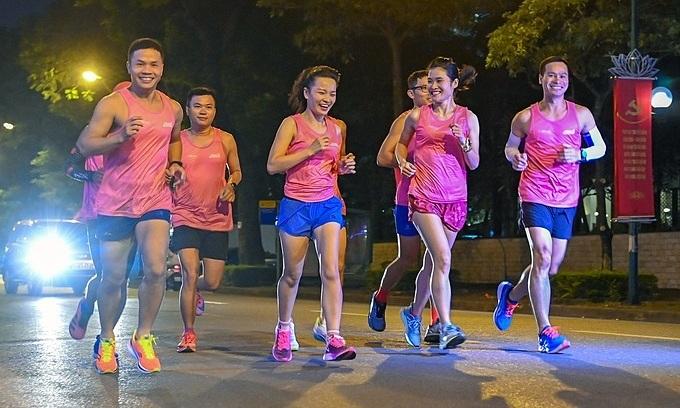 VnExpress Marathon Hanoi Midnight reveals course