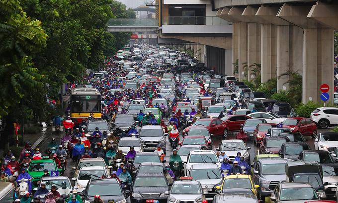 October auto sales top pre-pandemic figures