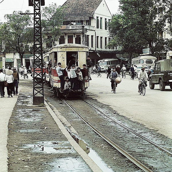 A tram in 1975.The tram was a popular form of public transportation for Hanoians. Photo courtesy of Thomas Billhardt.