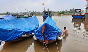 Vietnam closes airports, beaches as Storm Vamco approaches
