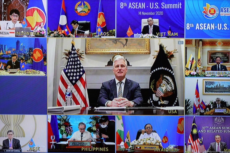 The U.S. National Security Advisor Robert O'Brien (C), at the online 8th ASEAN - U.S. Summit, November 114. Photo by VnExpress/Giang Huy.