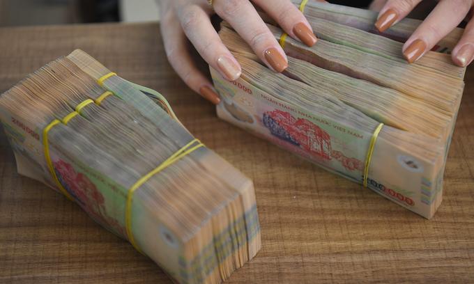 Vietnam allows taxman greater scrutiny of bank accounts