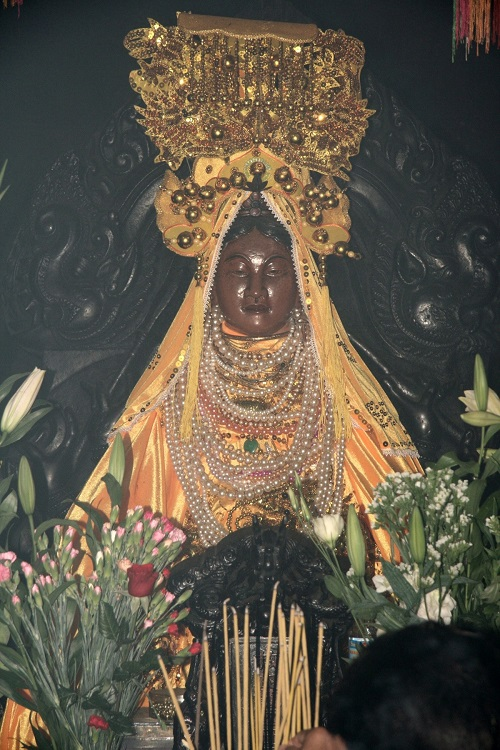 The statue of Po Nagar goddess. Photo: Alamy.