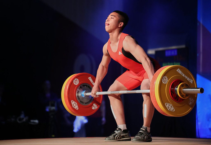 Vietnamese lifter Bui Dinh Sang at World Youth Weightlifting Championship in March 2019, in Las Vegas, U.S. Photo courtesy of the International Weightlifting Federation.