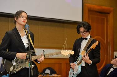 Quoc Thai performed with his band in his graduation this year.