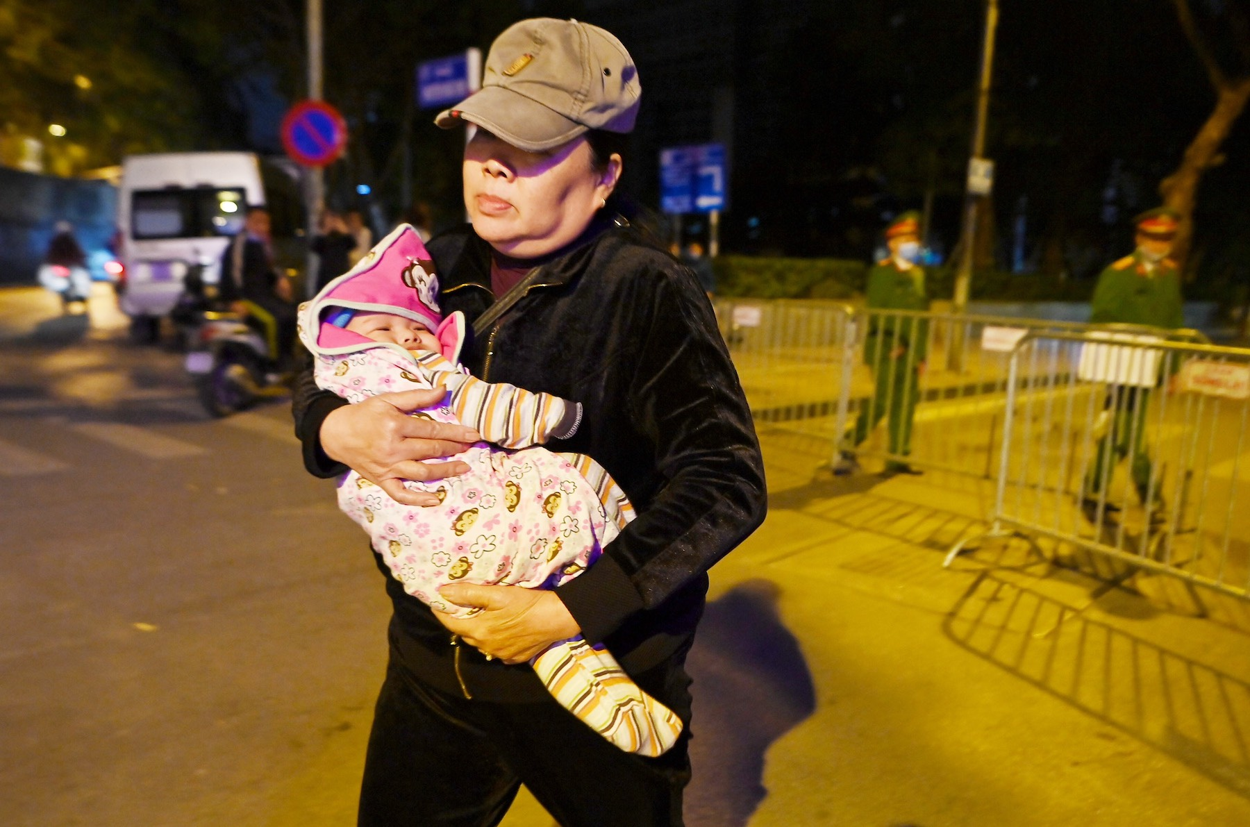 Hundreds evacuated in Hanoi for removal of 340-kg bomb