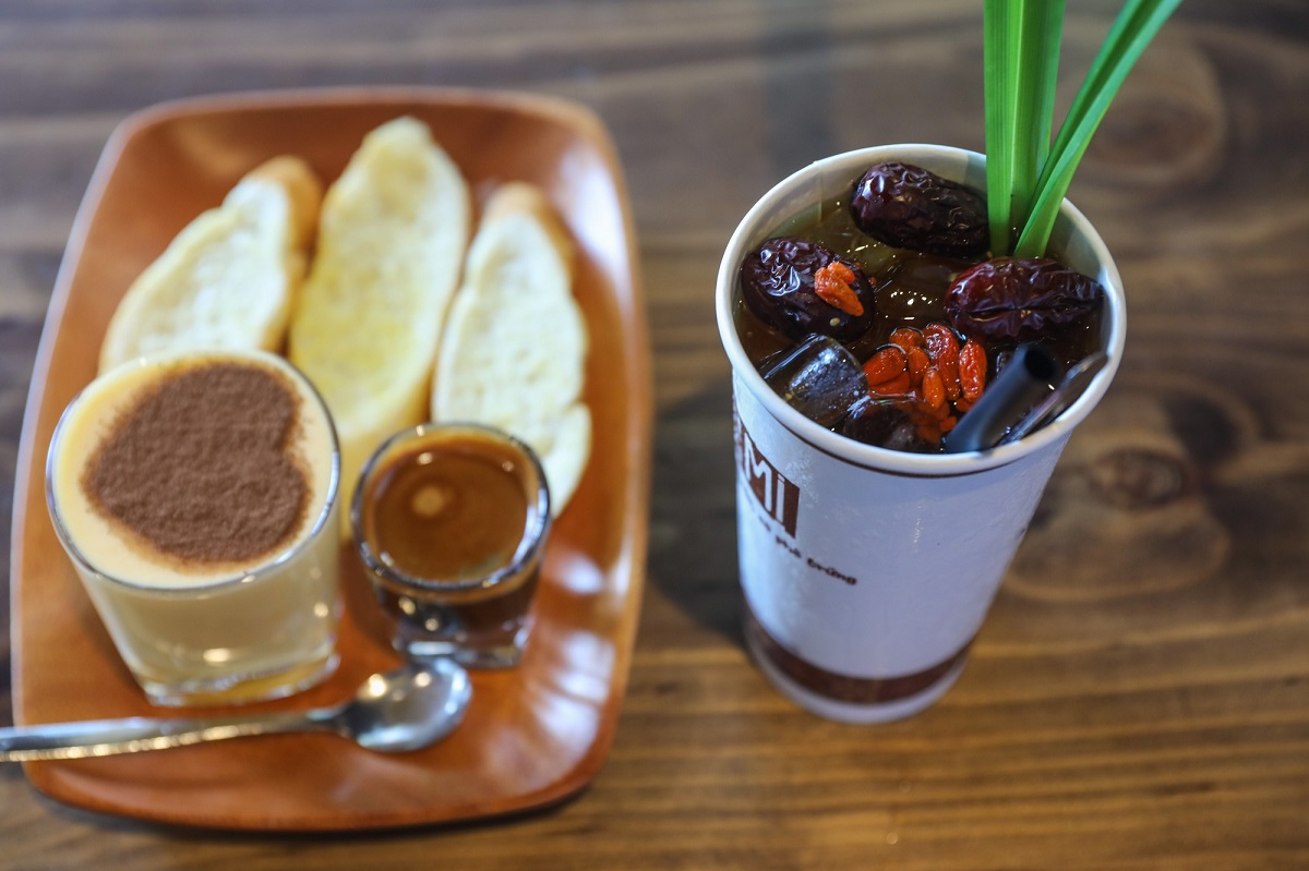 Beverages start at VND35,000 ($1.52) and the menu has unique homemade drinks like Chinese date tea with goji berries and chia seeds. Another popular bestseller is egg coffee served with slices of bread.