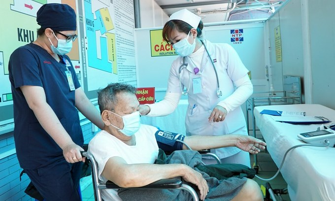 HCMC hospitals on high alert amid threat of new Covid-19 transmissions