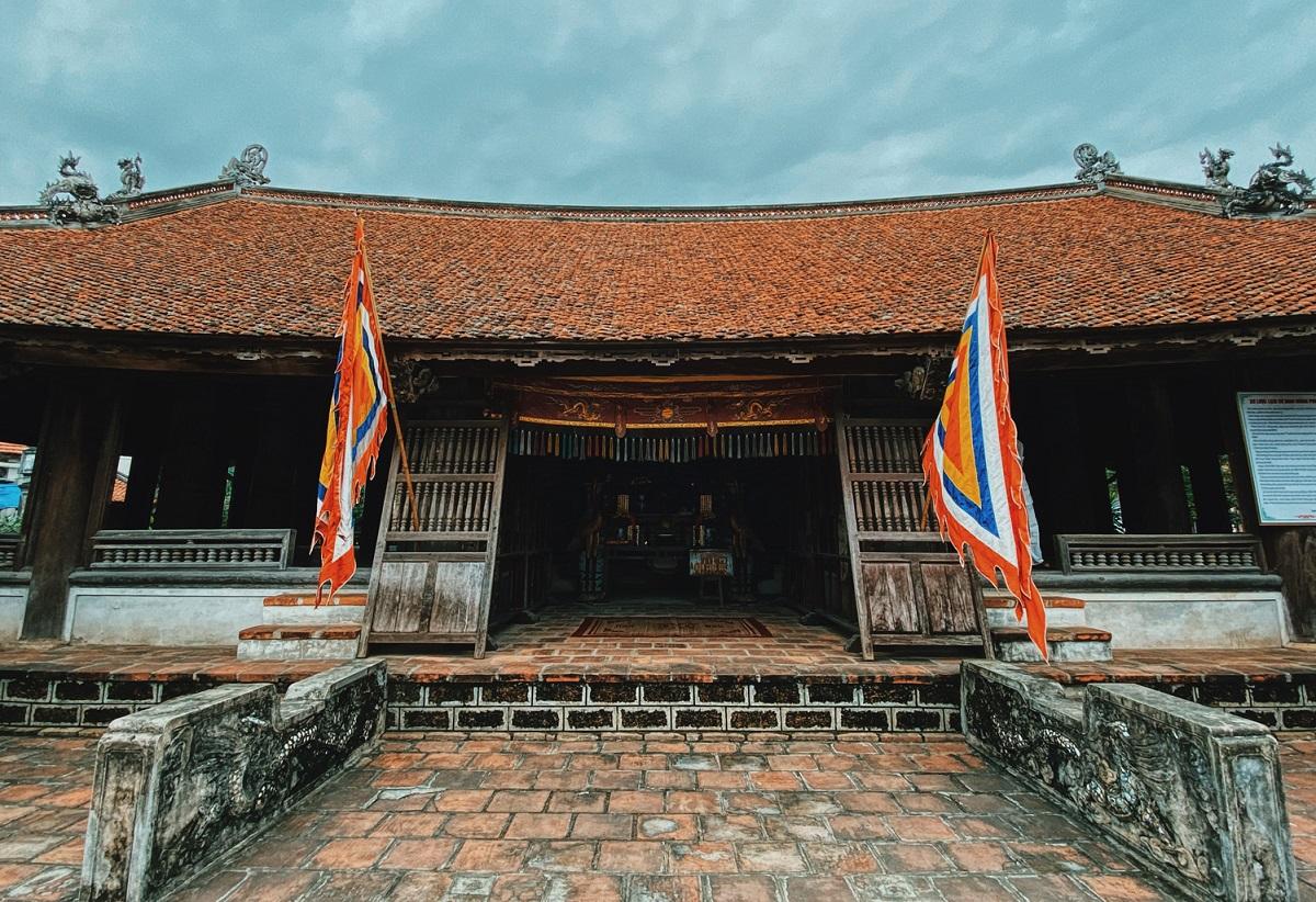 Mong Phu communal house.