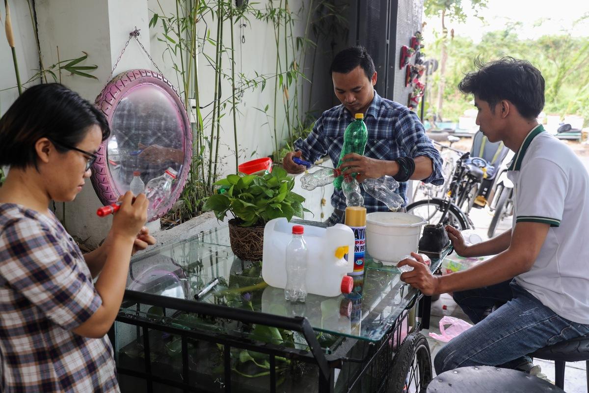Other people's trash is a Saigon cafe's treasure