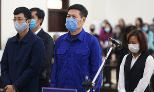 Former Hanoi CDC chief jailed in coronavirus test kit scam
