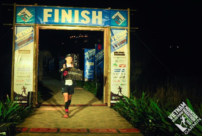 Ngo Van Vinh finishes the 100-km race of the Vietnam Mountain Marathon in Sa Pa Town, November 21 2020. Photo courtesy of Vietnam Mountain Marathon.