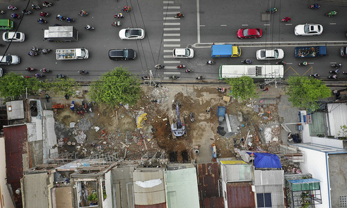 Saigon's second metro line to miss land clearance deadline