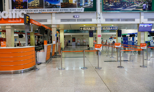 Vietnam air passenger numbers nosedive in 2020