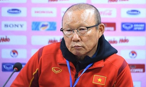 Coach Park addresses midfield issues in national team formation