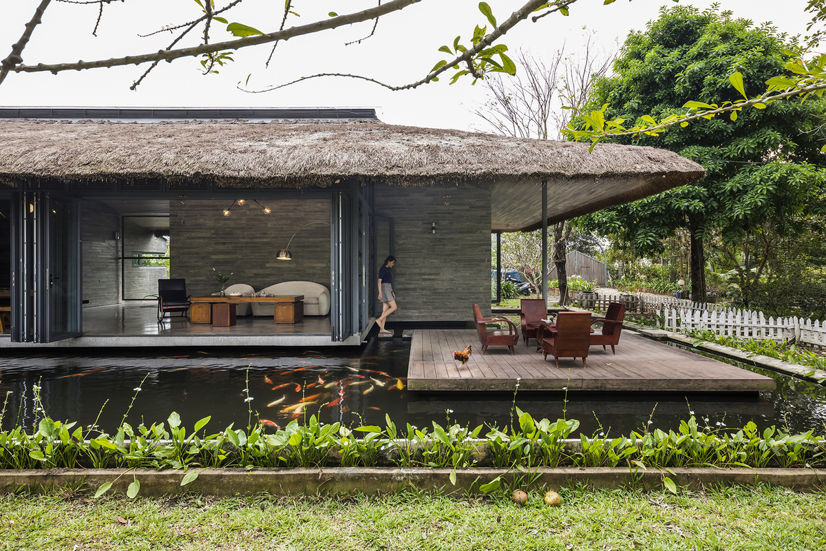 Seven Vietnamese homes included in top 100 architectural projects - 6