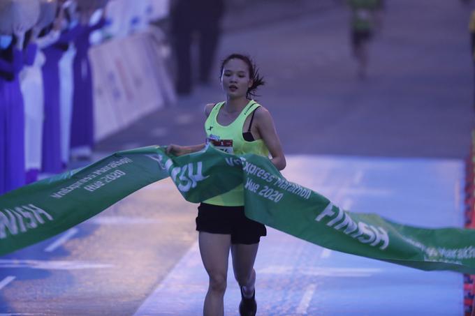The women's 5 km race was won by Nguyen Thi Thu Ha.