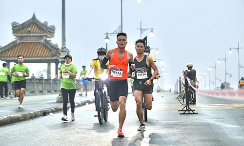 Historic landmarks come to light in VnExpress Marathon Hue
