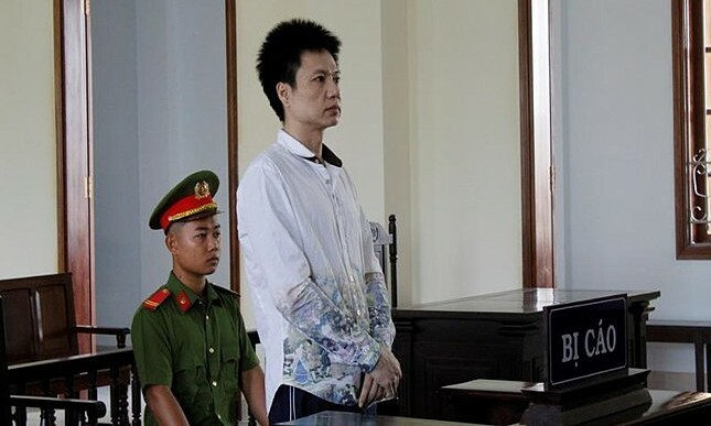 Vietnam jails man for smuggling 29 kg rhino horns