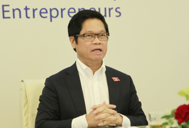 Vu Tien Loc, President of the Vietnam Chamber of Commerce and Industry (VCCI)