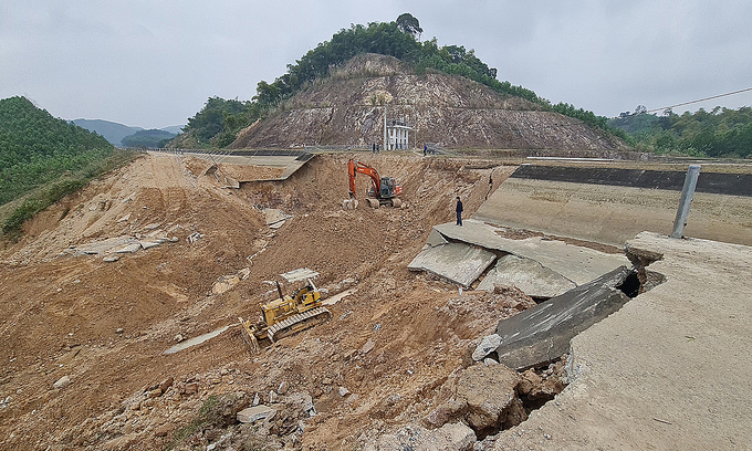 Thanh Hoa canal rupture blamed on 'complex' soil structure