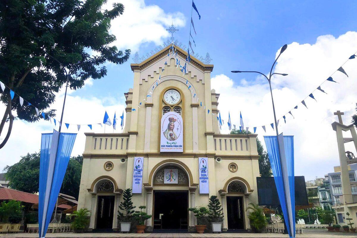 Seven centanarian churches in Saigon